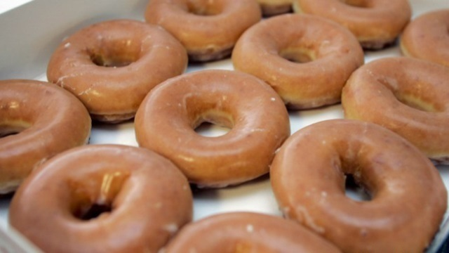 Florida man arrested for doughnut glaze gets $37,500
