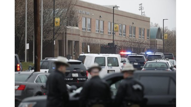 UPDATE: Sheriff official: 3 injured in Maryland high school shooting
